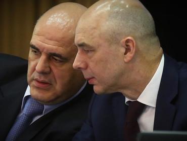Исполнительный директор поручил бухгалтеру залатать долговые дыры