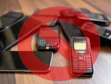 Единственным средством избежать тотального цифрового Гулага является полный отказ от смартфона?