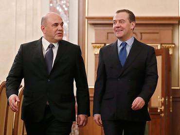 Одна из версий скоропостижной отставки *правительства* Медведева - подмена экономического прорыва фа