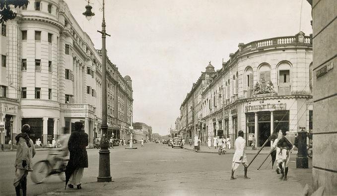 Park Street in Calcutta (Kolkata) - c193