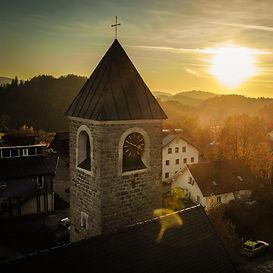 Pfarrkirche_BZ.jpg