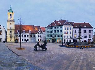 Main-Square-Bratislava.jpg