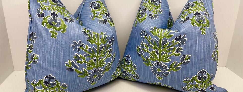 Clara Flower 20 x 20 Pillow Cover