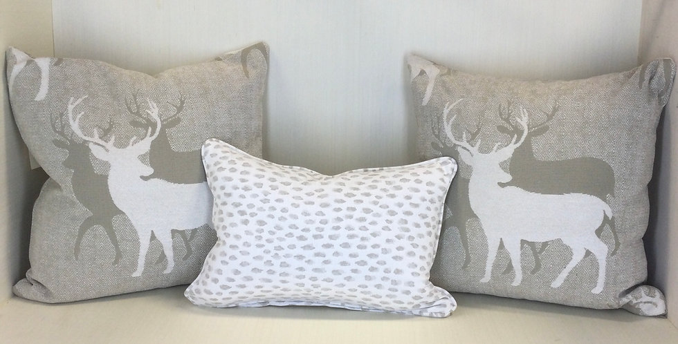Polar Spots - White and Gray Spots - Spotted Pillows - Spotted fabric - Pillow C