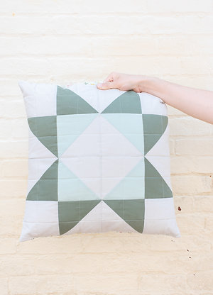 FINCH School of Quilting: Half Square Triangle Throw Pillows