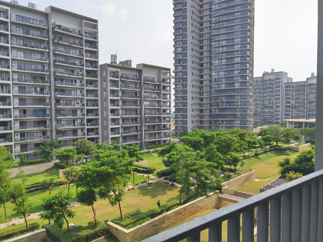 Do Park Facing balconies effect the price of Apartments in Ireo Skyon?