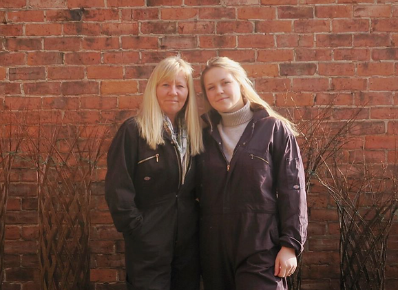 Professional Basketmakers, Mother-daughter partnership, Jenny Crisp and Issy Wilkes