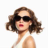 Conseils Visage: maquillage, accessoires et cheveux