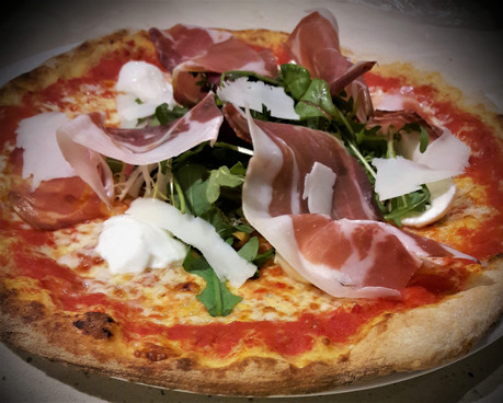 pizza bufalina.jpg