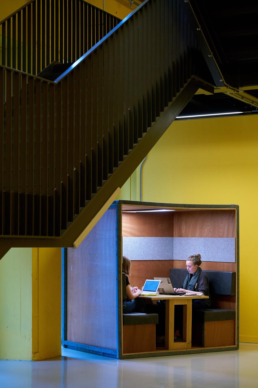 Amsterdam University Web 151.jpg