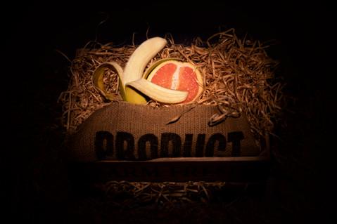 A lovely cuddle/Banana+Grapefruit