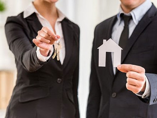 5 Reasons to hire us when buying or selling!