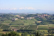Castelnuovo_Calcea_from_San_Marzano_Oliveto.jpg