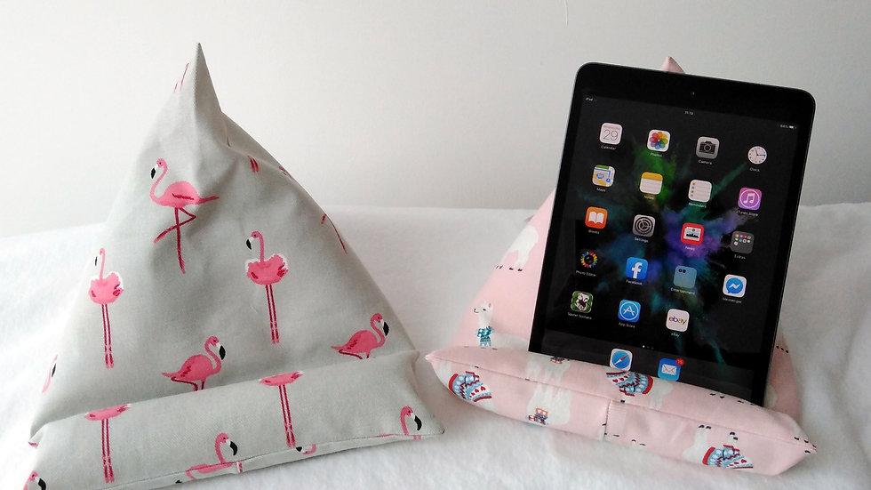 iPad/Tablet Rest - Flamingoes or Llamas