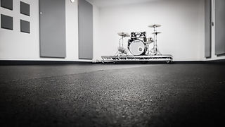 Studio 3 in premium London music rehearsal space