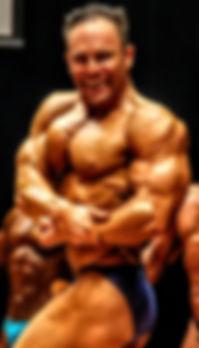 pose peitoral de lado fisiculturismo bodybuilding Mário Mattiacci