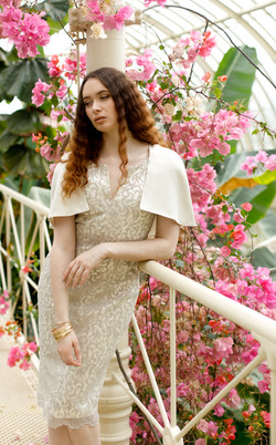 16 Hosta Dress 8911 807x - €405 - £363