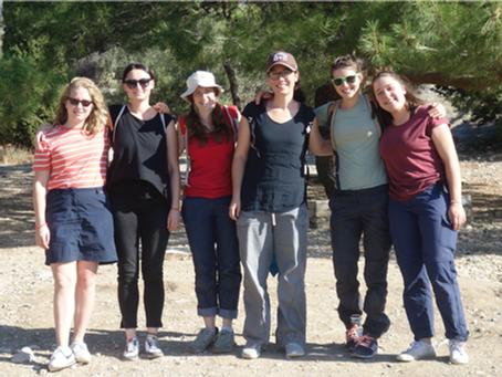 Antonia in Athen - Leben in Gemeinschaft
