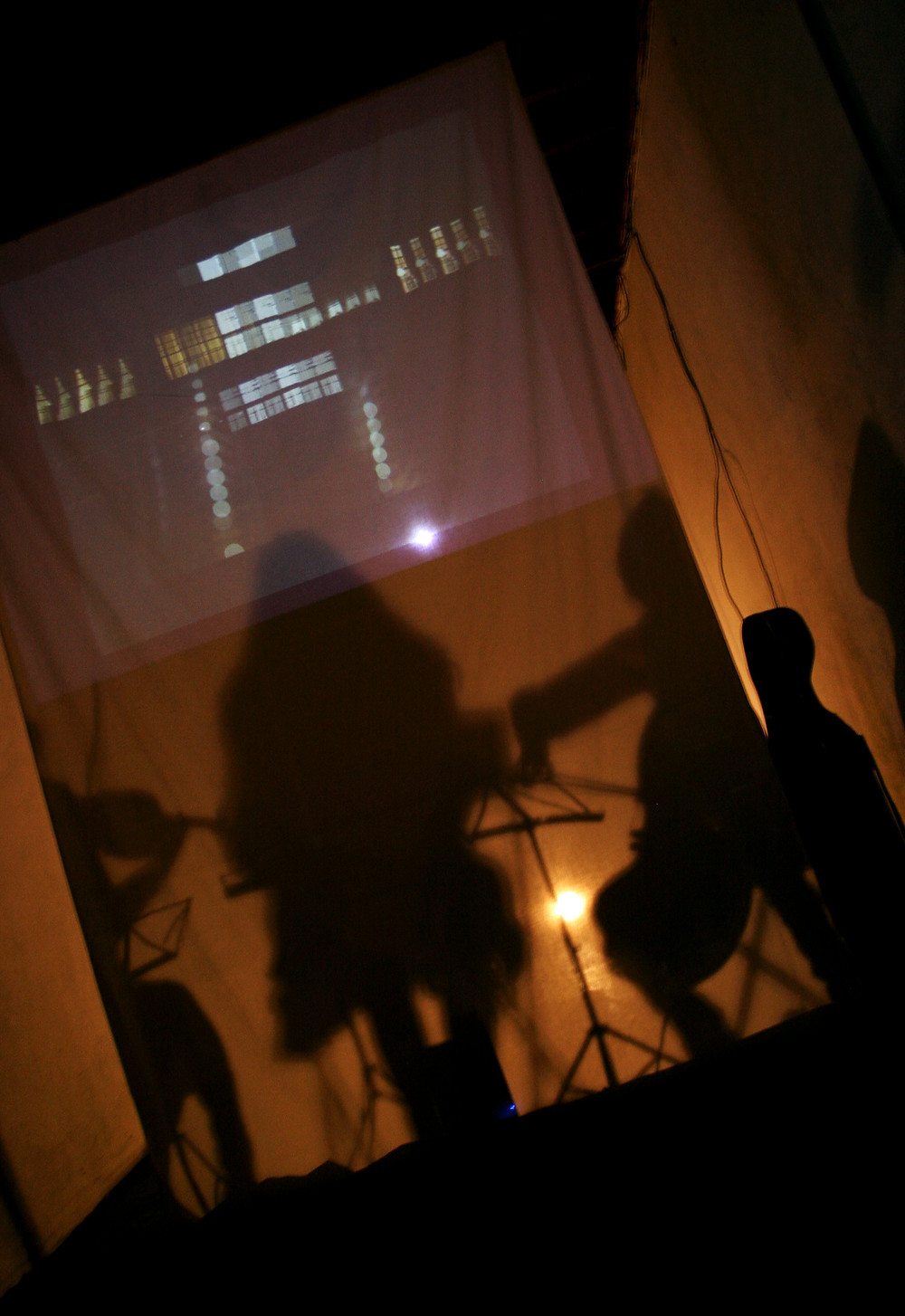 Apostrophe+Ensemble+-+Photo.jpg