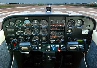 Cockpit ACTverkleind.jpg