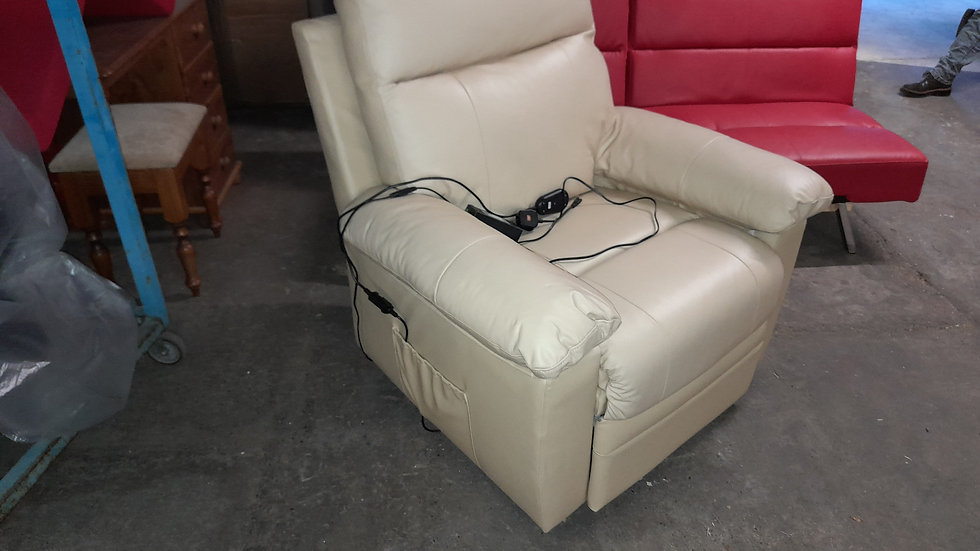 Leather lift & recincer arm chair