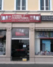 Stores fermetures charolais.jpg