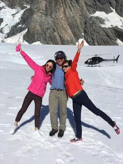 Pilot & Tourists