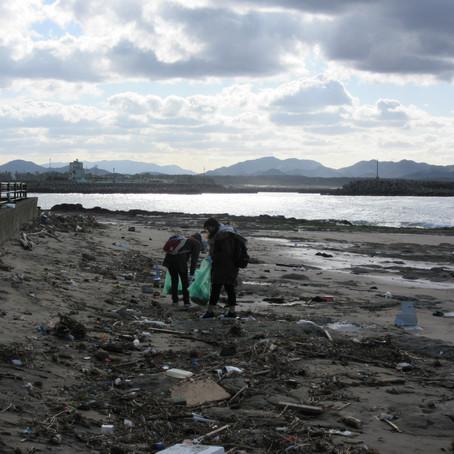 冬の海辺をお散歩&海ゴミってどうなの?