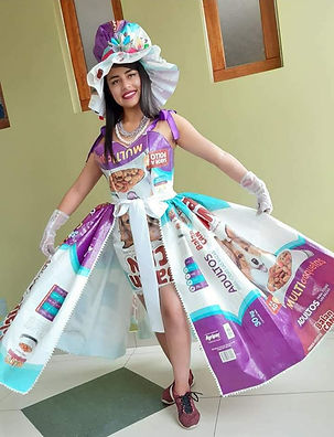 traje disfraz de reciclaje.jpg
