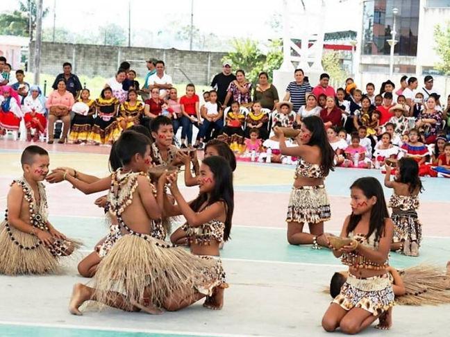 curso_de_danza_folklórica_en_Quito.jpg