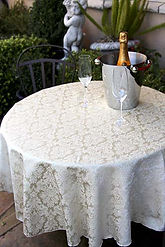 120_white_round_damask_saxony_tablecloth