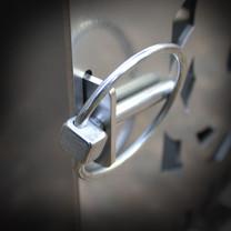Leo Minor Locking Pin