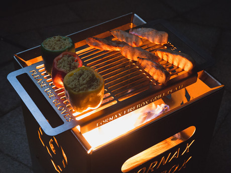 How to grill food to perfection on a 6 Elements wood & charcoal grill