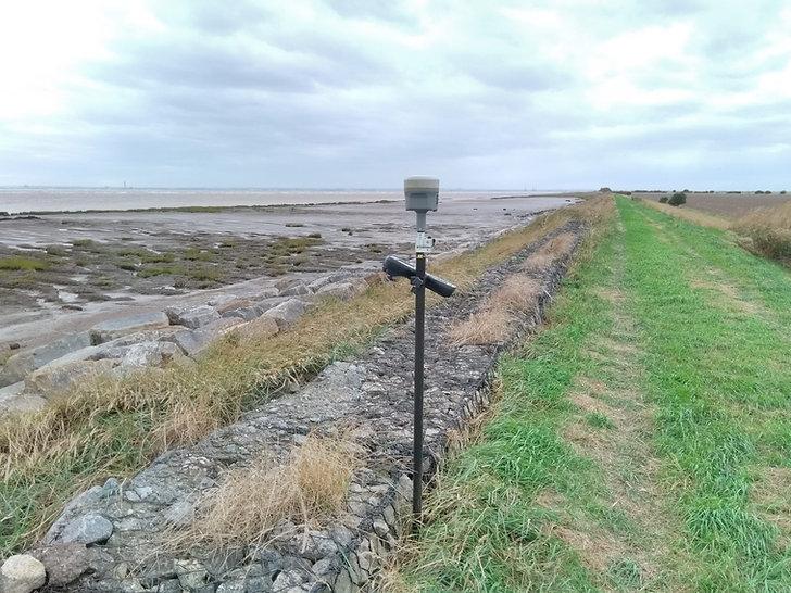 GPS Land Survey GNSS Receiver