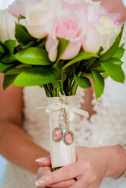 The bouquet at Moon Palace Cancun by Santamaria Team