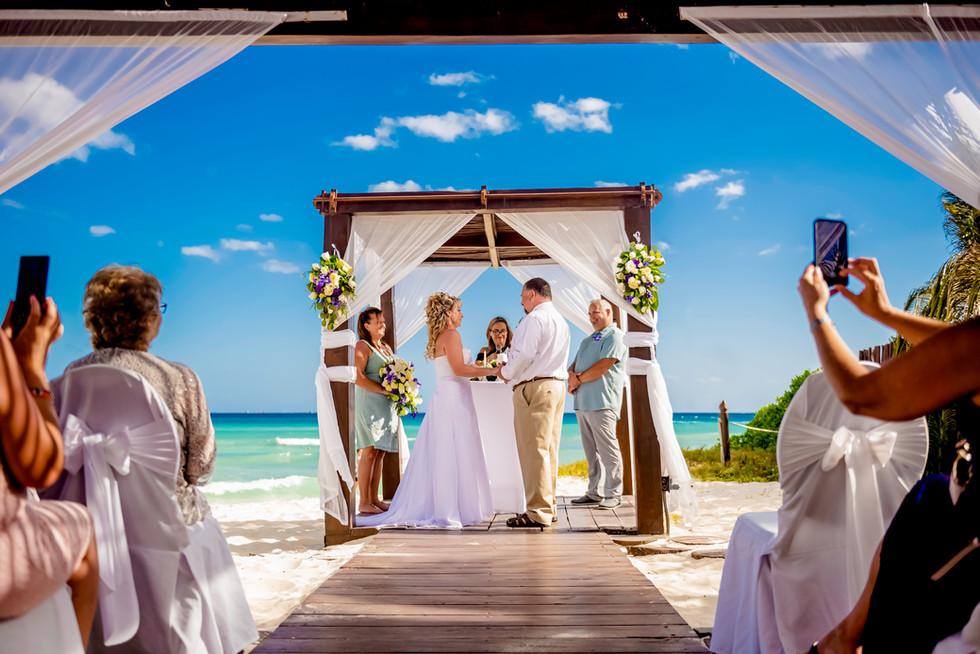 Beach Ceremony at Grand Sunset Princess by Santamaria Team