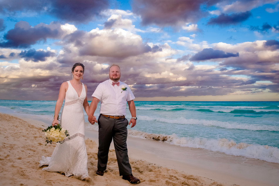 Wedding photoshoot at Ocean Riviera Paradise by Santamaria Team