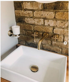 London Town Slip Bricks Bathroom close u