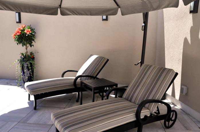 DieciUomo_RoofGarden_chair.jpg