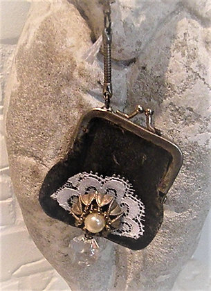 Vintage coin purse pearl necklace