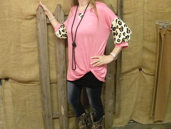 Pink top with leopard 3/4 sleeves