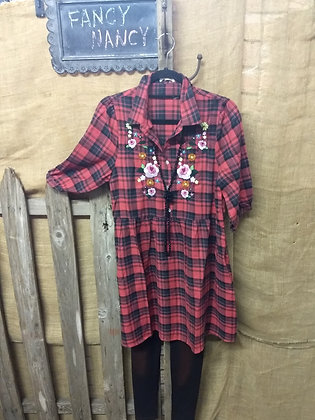 Red plaid floral embroider tunic 3/4 Sleeve