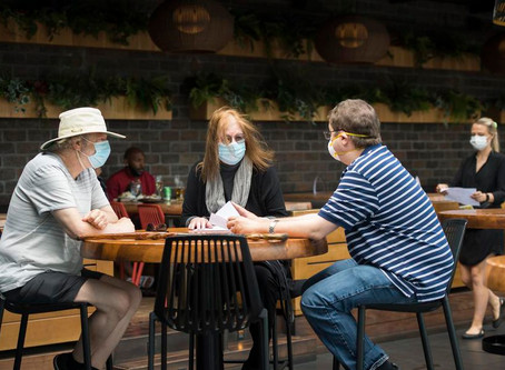 Restaurants taking Canadians' personal info to trace COVID-19