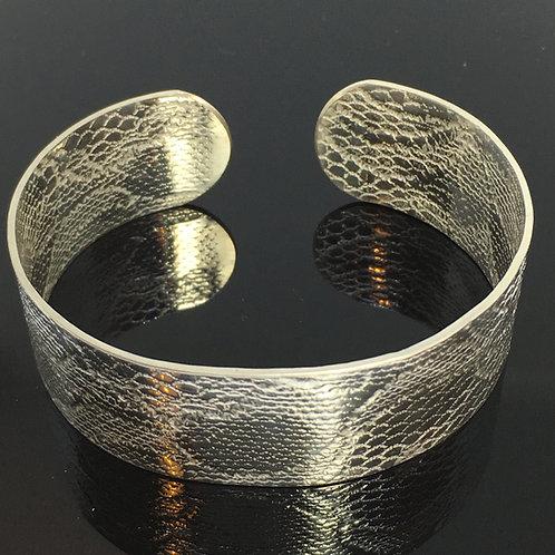 Silver Wide Hard Lace Cuff