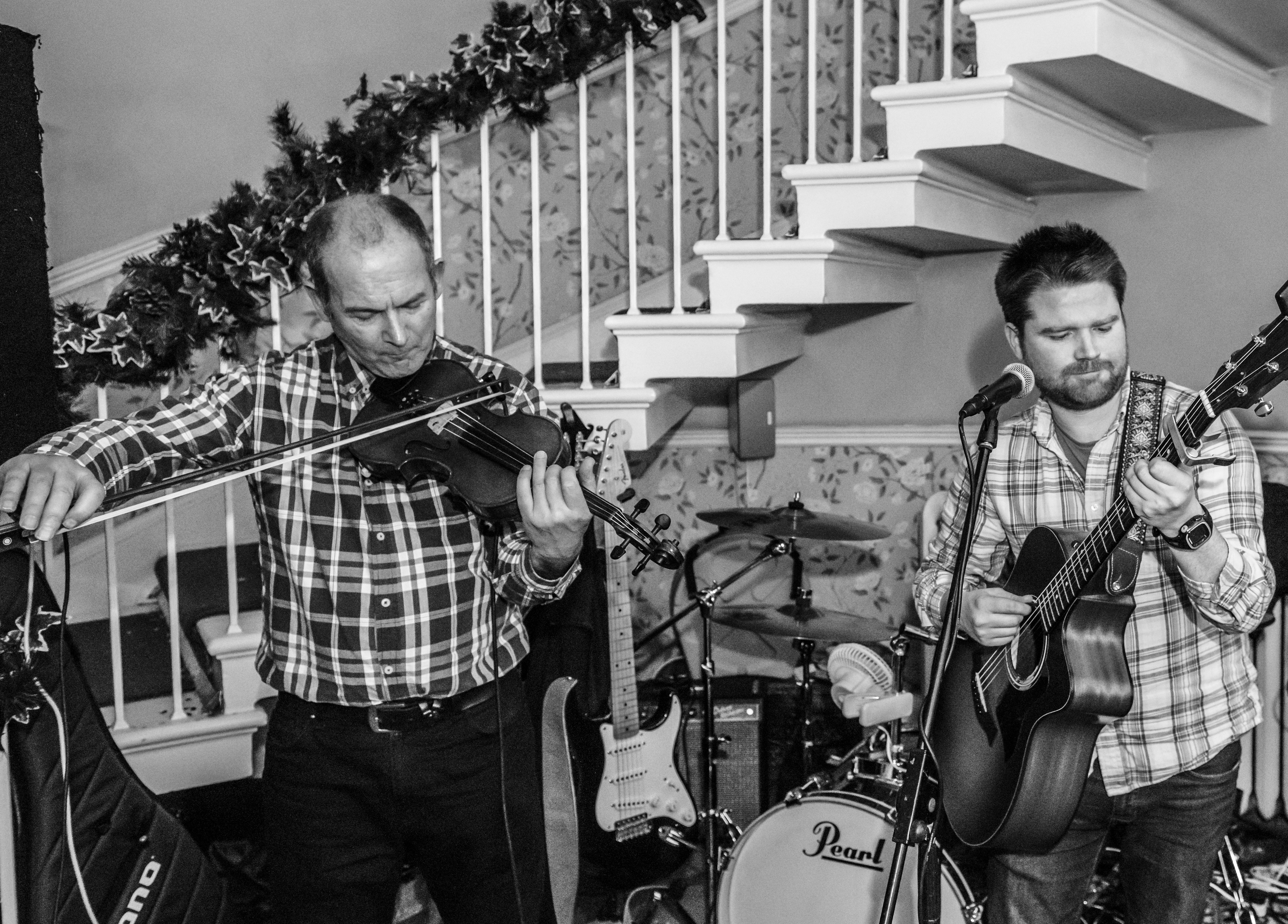 Dave on Fiddle
