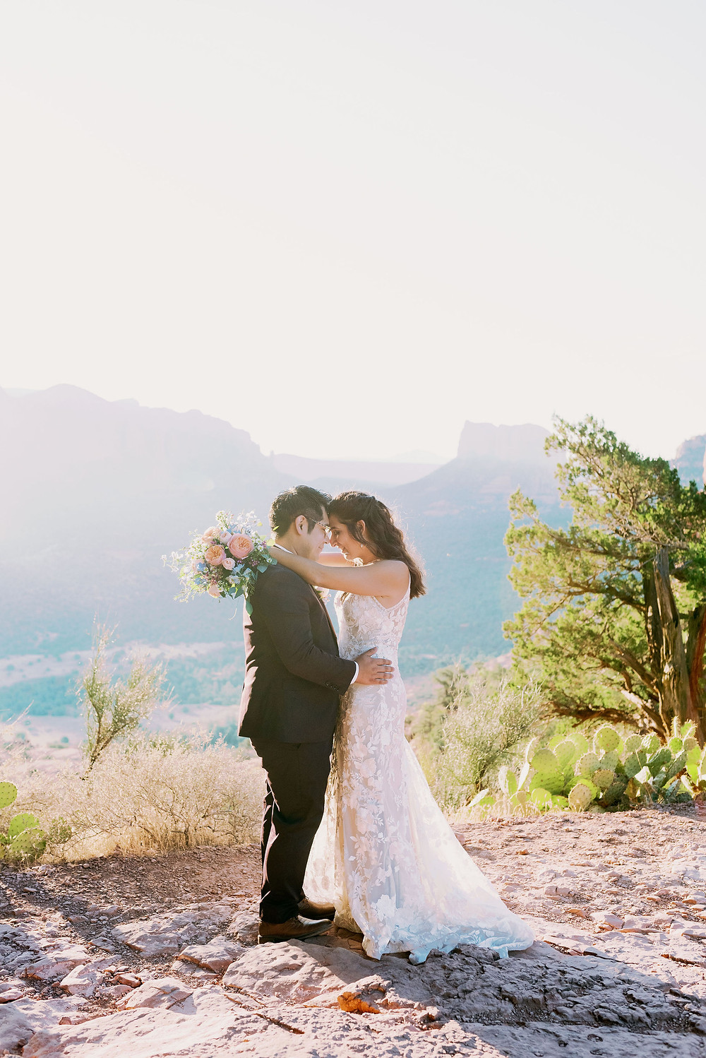 sunrise sedona elopement with epic view