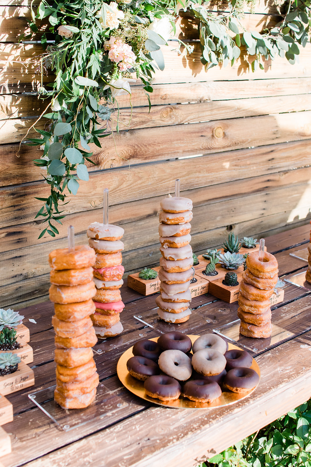 Serendipity Gardens Oak Glen Inland Empire Wedding Venue Wedding Details Donut Bar