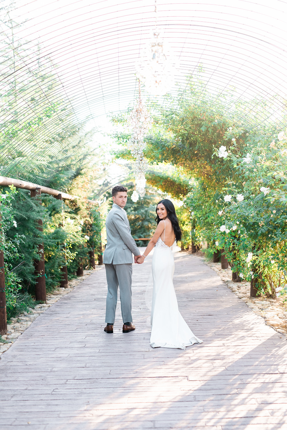 Oak Glen California Wedding | California wedding, Serendipity Gardens, couple dip