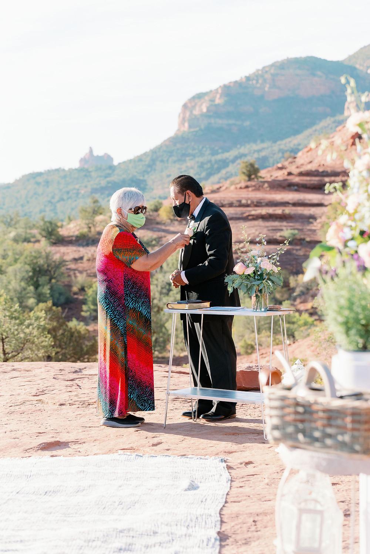 Sedona wedding elopement at sunrise due to covid