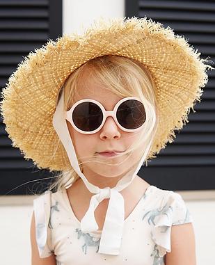 Kiskin kid in hat.PNG